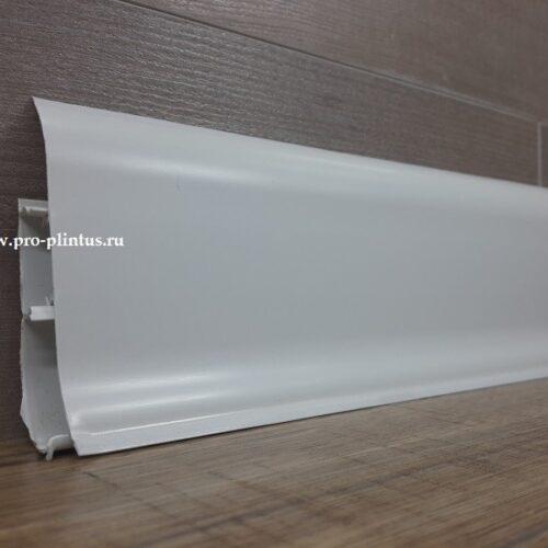 Плинтус белый ПВХ 85 мм