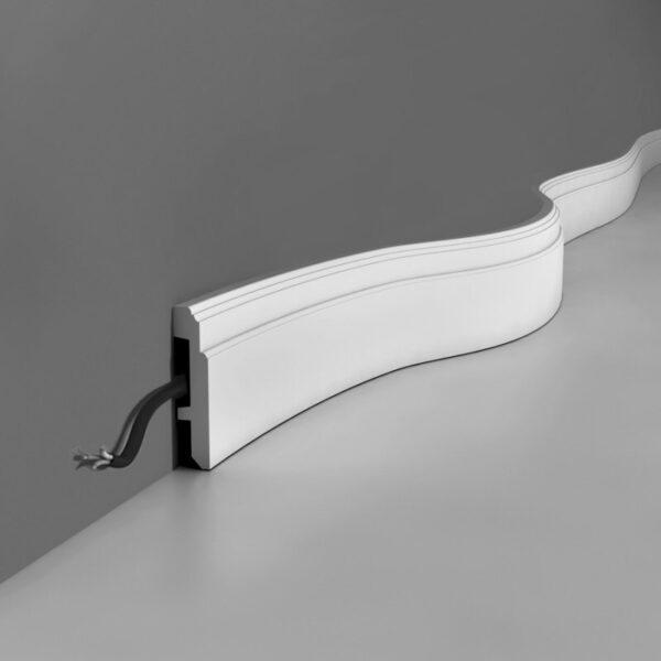 Плинтус напольный гибкий 108x25 мм  Orac Decor (SX155Flex)