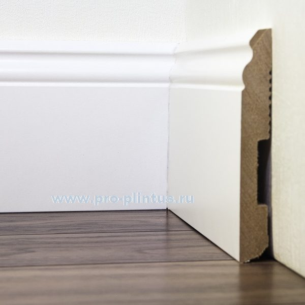 Плинтус Pedross МДФ белый фигурный 140x18мм