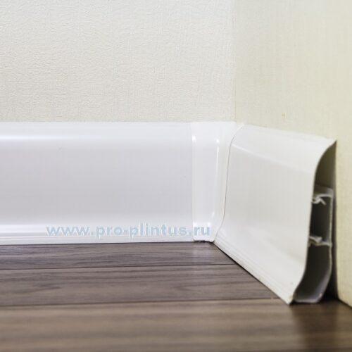 Плинтус Maxi белый пластиковый 85x25мм